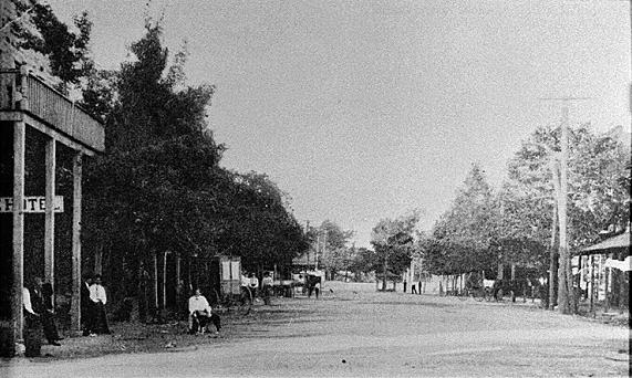 Winder street scene circa 1920